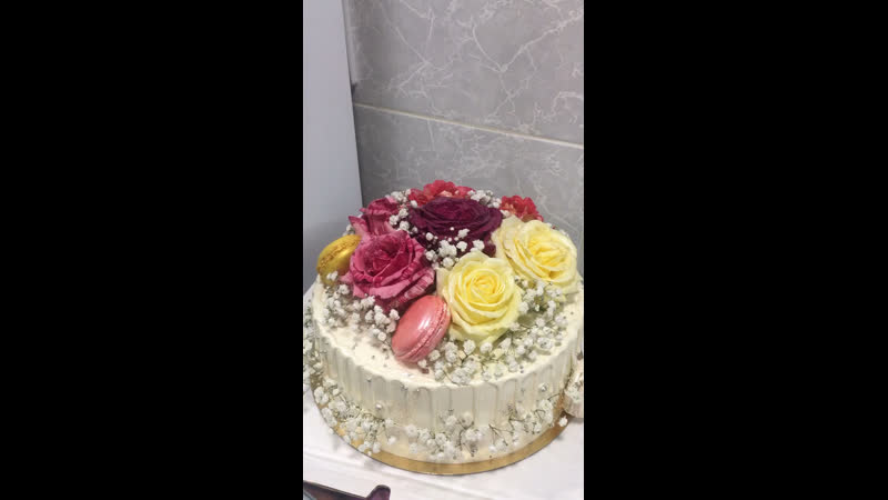 Лавандово черничный торт
