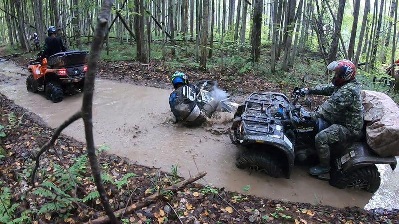 Напролом часть 2 как утопить в луже Honda 250xr Offroad приключения