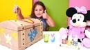 Minnie Mouse ile kutu boyuyoruz! Kız evcilik oyunu
