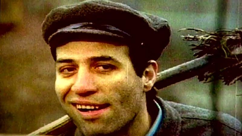 Türk sinemasının usta ismi nesilden nesile Türkiye'yi güldüren adam Kemal Sunal'ı vefatının 19 yıl