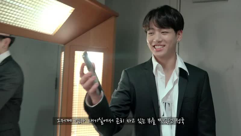 [BANGTAN BOMB] JK taking a photo of members sleeping - BTS (방탄소년단).mp4