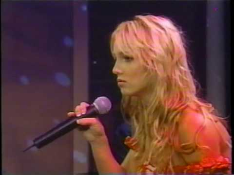 Britney Spears live on Rosie O'Donnell I'm Not A Girl Not Yet A Woman