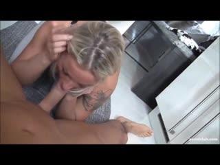 Сынок уговорил маму потрахаться русское порно, анал, мамка, минет, сквирт, раком, сука, ебля, собака, хуй, секс