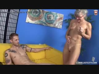 Horny granny gets splattered leilani lei