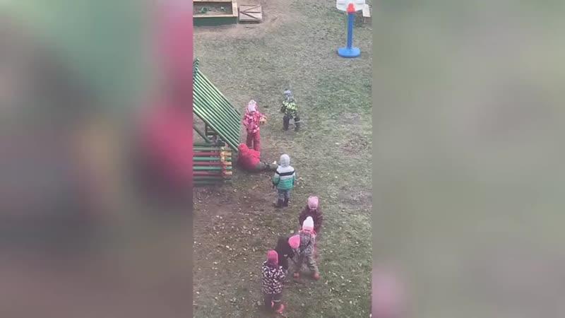 Дети не владимирские Посмотрите на этих детей что они творят будучи дошколятами уже с детского сада такая агрессия