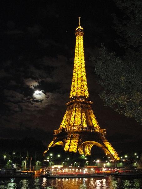 эйфелева башня фото ночью для телефона распространенным методом лечения