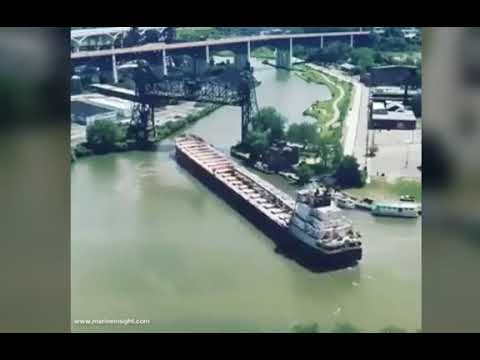 Professional Pilot guide Bulk Carrier Ship through Narrow channel and shallow water