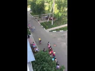 Образцово-показательный двор на День Соседей)))