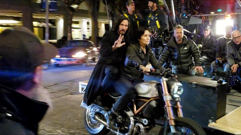 Keanu Reeves and Carrie Anne Moss Filming 'The Matrix 4' on Motorcycle in San Francisco