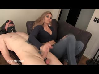 [clips4sale] Obey Melanie - Stupid Ass Sniffer