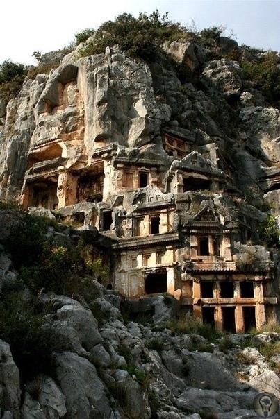 Ликийские гробницы в Мире (Турция).