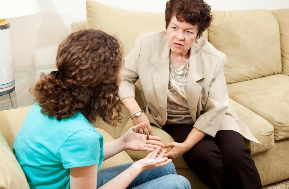При поиске детского психиатра лучше всего получить профессиональное направление.
