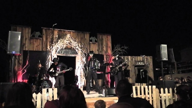 Suspender Man and start up sequence Steam Powered Giraffe Calico Ghost Haunt