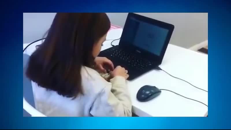 Смотрите! Ученица виртуозно вычисляет!