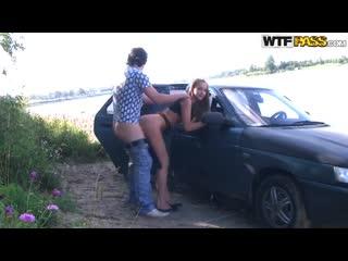 Сняли проститутку и выебали ее в машине, лучшее порно шлюха секс
