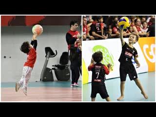 Future Volleyball Stars - Crazy Kids Skills in Volleyball (HD)