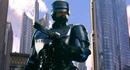Издание The Hollywood Reporter сообщило о том что режиссер зомби-комедии Маленькие чудовища поставит нового Робокопа