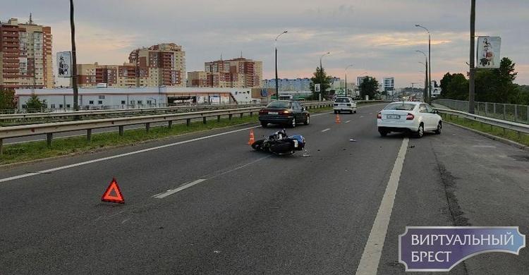 Ищем очевидцев ДТП на Варшавке с участием мотоциклиста