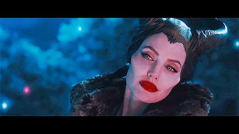 GIF Анджелина Джоли