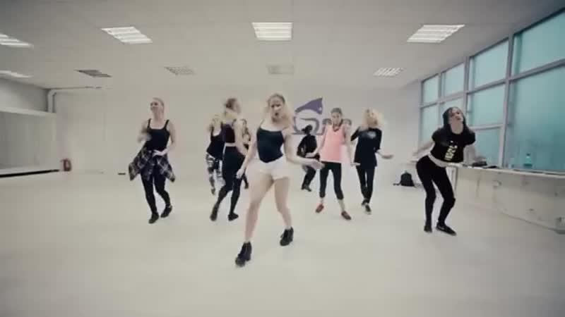 Алёна Двойченкова Танцы на ТНТ Vogue Femme (360p)