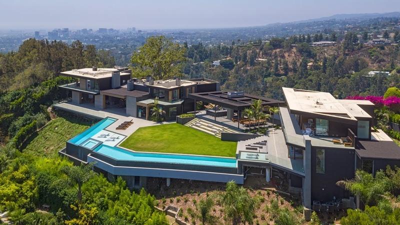 SOLD   Gilcrest Dr   Beverly Hills   SP $40,000,0000