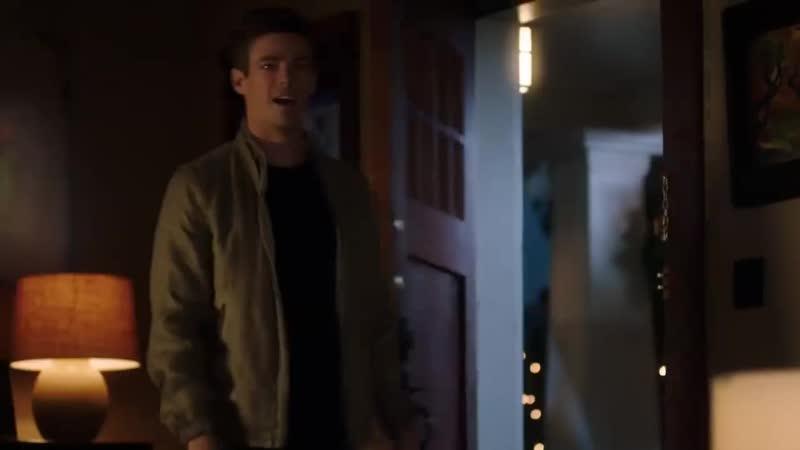 Флэш: Удалённая сцена из 5х05 – Барри разговаривает с Сесиль
