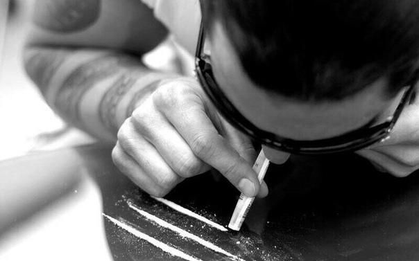 Oscar de la hoya threw a depraved, drug fuelled sex party
