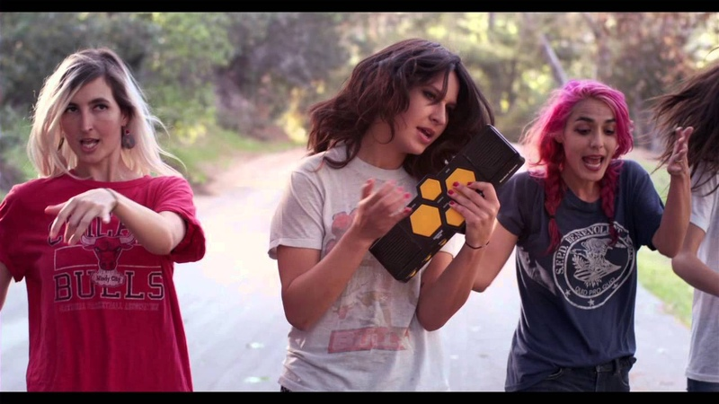 Warpaint - DiscoVery - Keep It Healthy (Official Video)