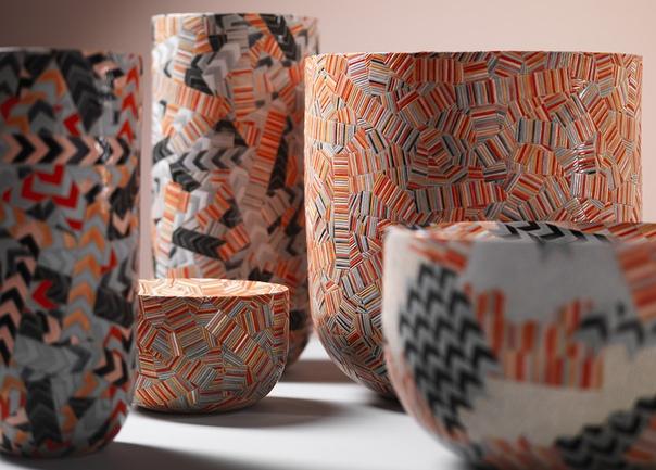 Керамика усеянная орнаментами Фрэнсис Прист (Frances Priest) британская художница и дизайнер из Эдинбурга, столицы Шотландии. Фрэнсис осваивала гончарное дело в Эдинбургском колледже искусств и