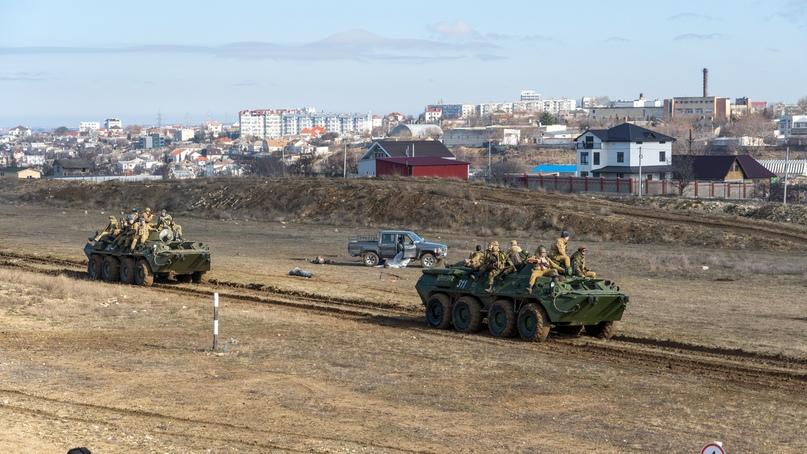 В Севастополе прошла военно-историческая реконструкция «Мы уходим», изображение №4