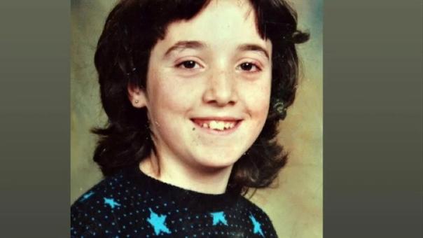 Келли-Энн Бейтс: замученный подросток Впечатлительным не читать!Келли-Энн Бейтс родилась 18 мая 1978 года в небольшом городке Хэттерсли, который находился в 10 милях от Манчестера. Её родители,