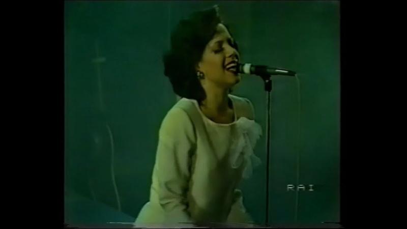 Matia Bazar con Antonella Ruggiero Che canzone è live HD Tango Tour 28 marzo 1983