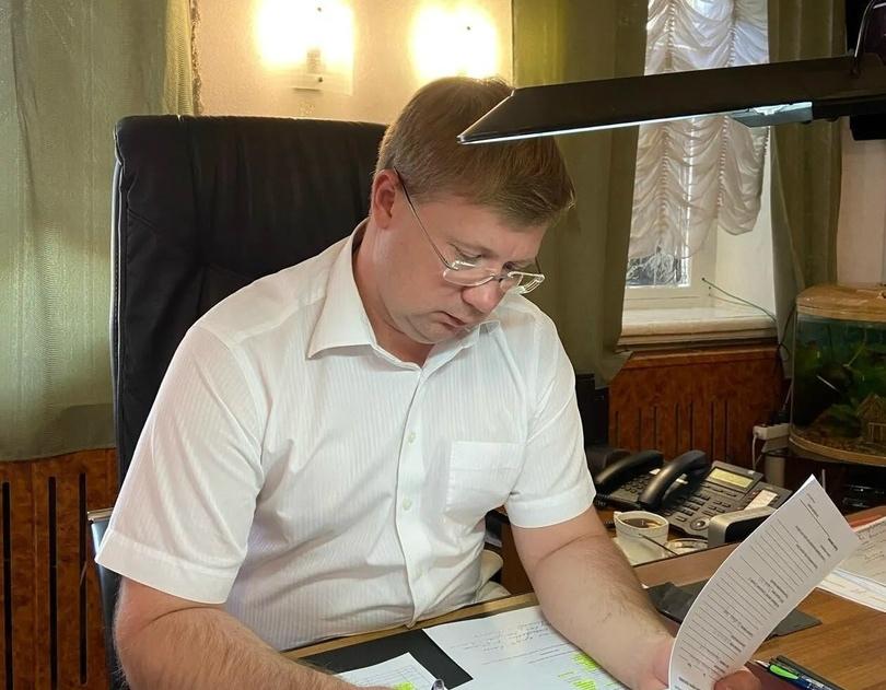 Глава района в формате телефонной связи ответил на вопросы петровчан