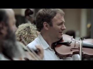 Бог лишил Бетховена слуха, имеющий уши да слышит!