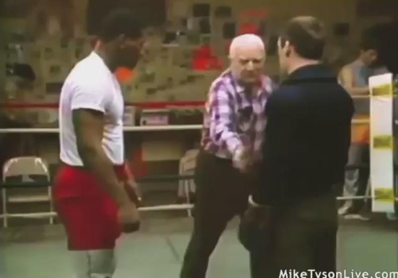 Молодой Майк Тайсон получает урок бокса от Каса Дамато