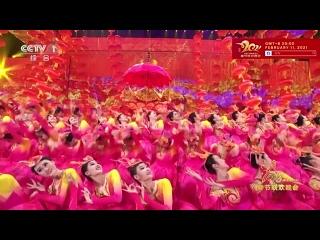 Сборник лучших песенных и танцевальных номеров с торжественных открытий новогодних гала-концертов