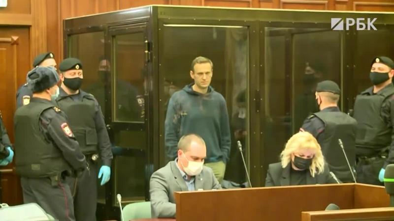 [РБК] 950 тыс. руб. штрафа — прокурор Фролова просит Бабушкинский суд признать Навального виновным