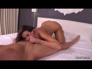 Мамка переспала с молодым в гостинице [New porn 2016,XXX,Порно и Секс в HD 720]