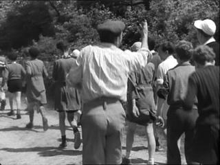 """Бурвиль - """"Les enfants fan fan"""" (1952)"""