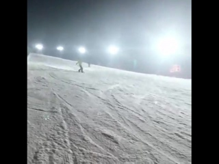 don't ever forget that seokjin is one hell of a snowboarder