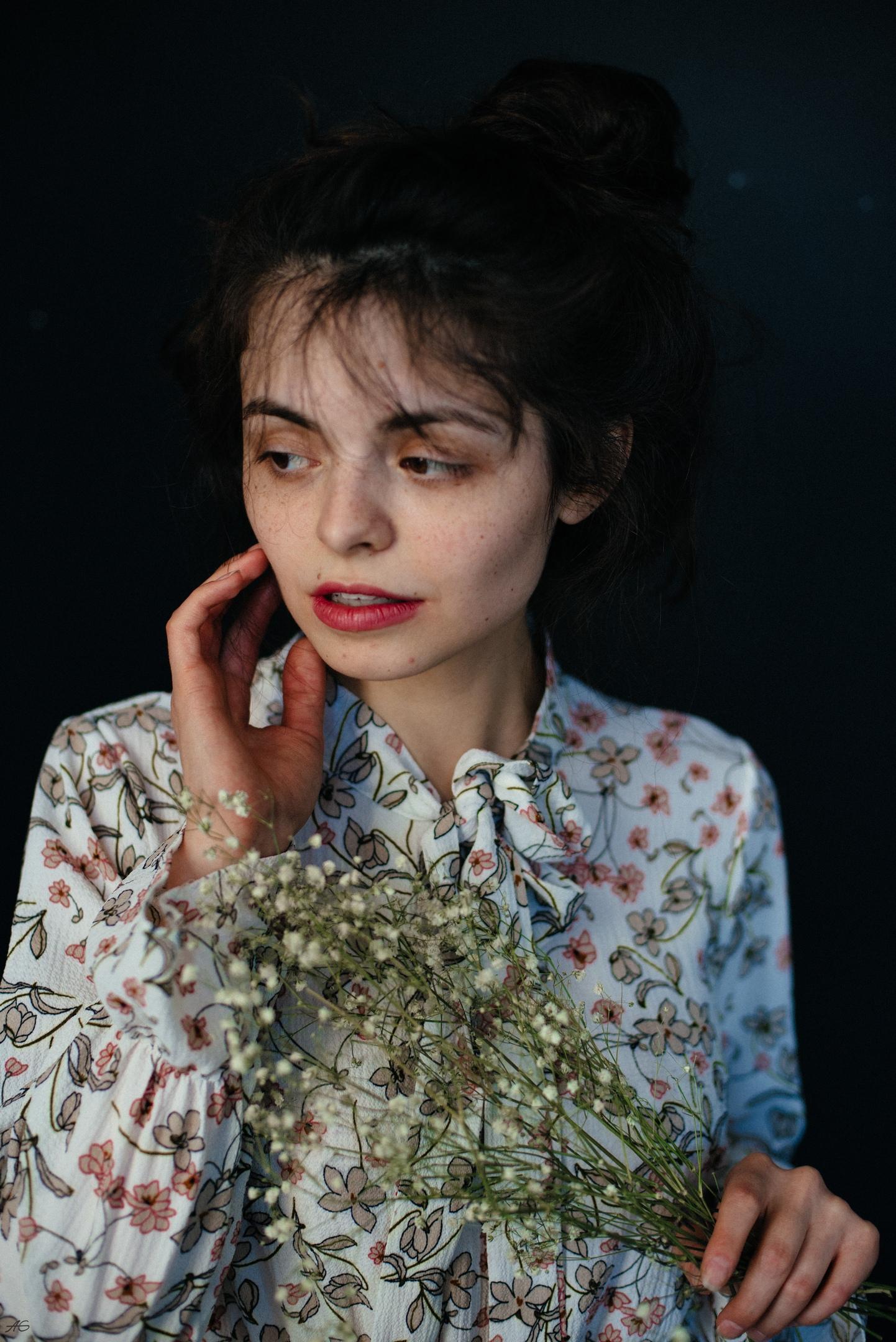 https://youngfolks.ru/pub/model-alina-avkhadieva-32662214