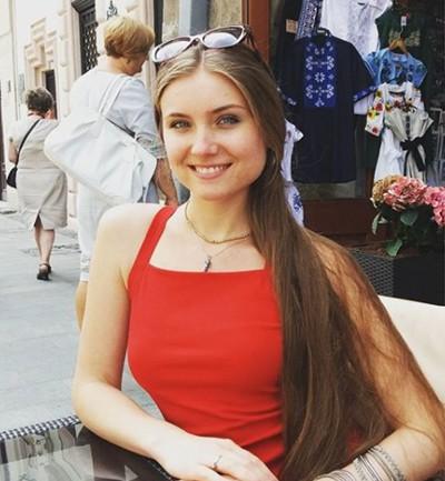 Анна Курташкина