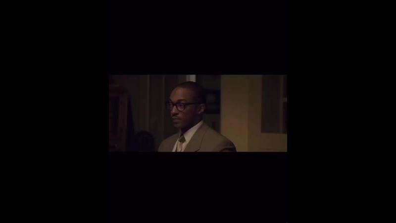 Фильм основанный на реальных событиях⠀🏦 Банкир⠀👨🏿💼 У всех есть своя мечта У американцев она американская У афроамерикан