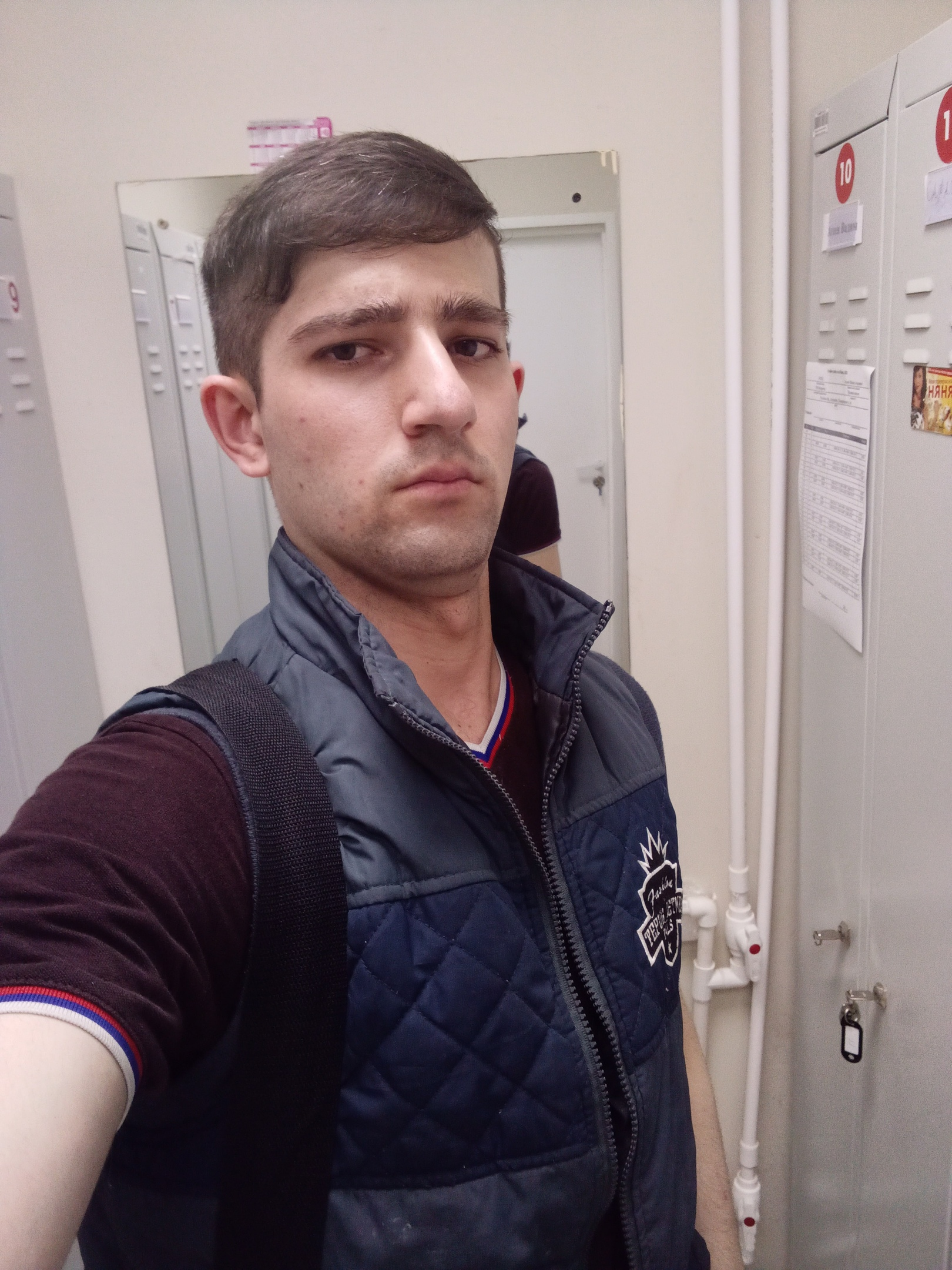 Точик, 21, Aleksin