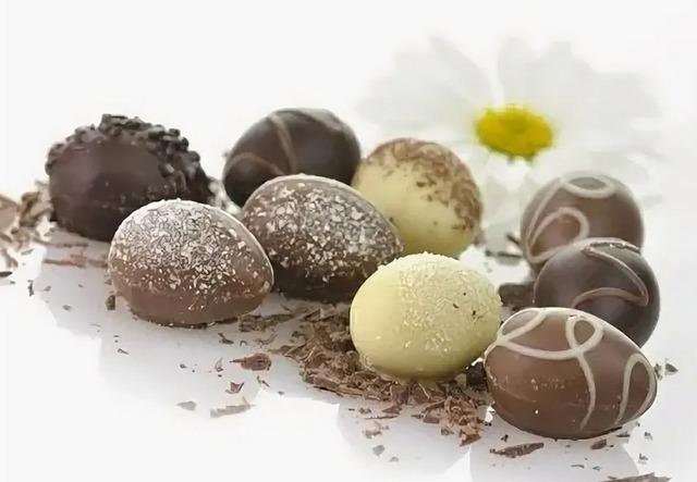 Как приготовить сладкие пасхальные яйца: рецепты, идеи, советы