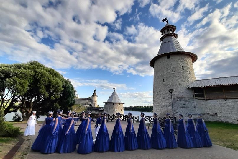 Псков. Выступление Театра танца «Русские узоры»