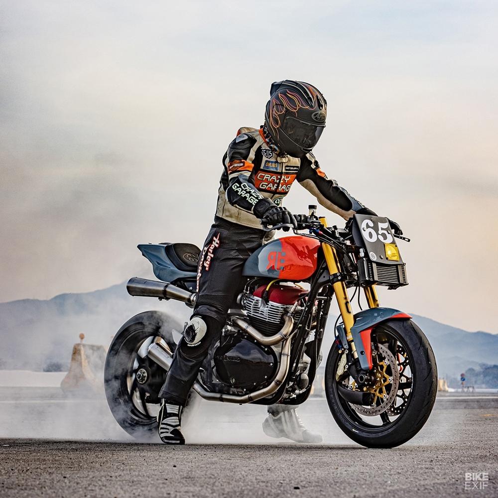 Crazy Garage: трекер Royal Enfield GT650 Racer
