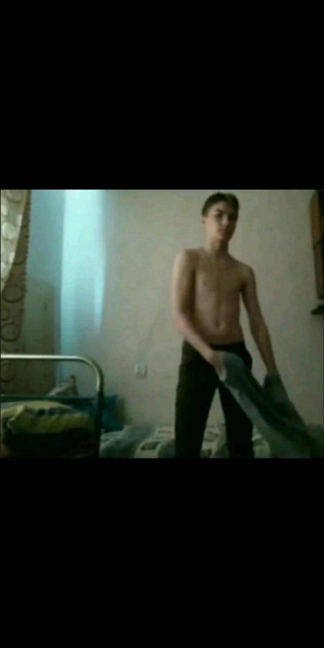 Александр, 21, Mukacheve