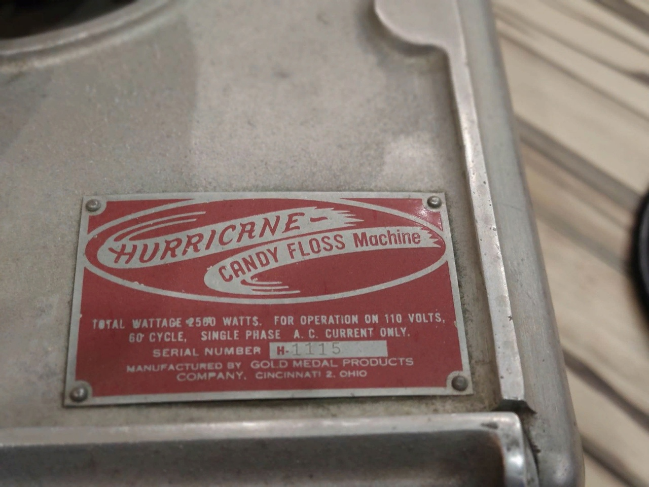 Первый в мире аппарат сладкой ваты Hurricane // история сахарной ваты 1951 год