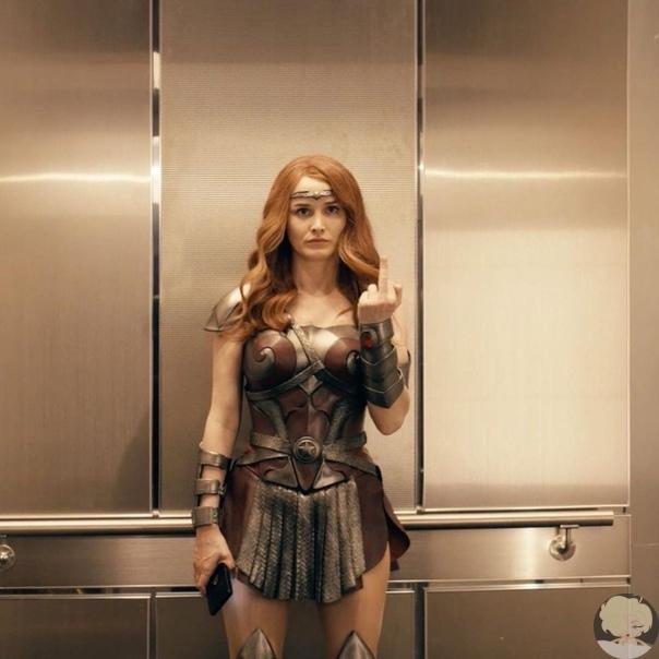 Сериал Пацаны , 2019 год Описание: Действие сериала разворачивается в мире, где существуют супергерои. Именно они являются настоящими звездами. Их все знают и обожают. Но за идеальным фасадом